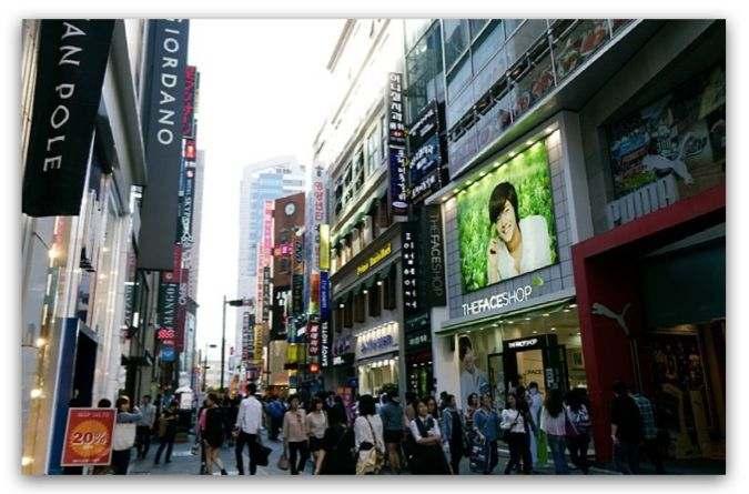 過去經常親自到韓國逛街採購,如今雖然不能出國,有集運公司的幫忙方便又快速